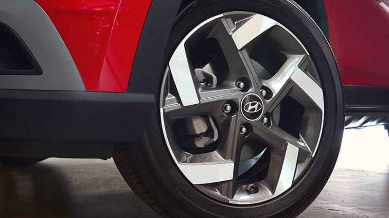 Hyundai alloy wheel