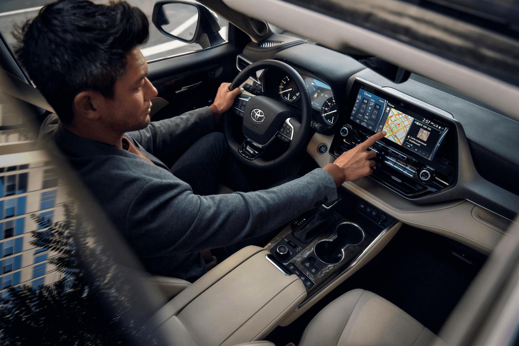 2020 Toyota Highlander Interior