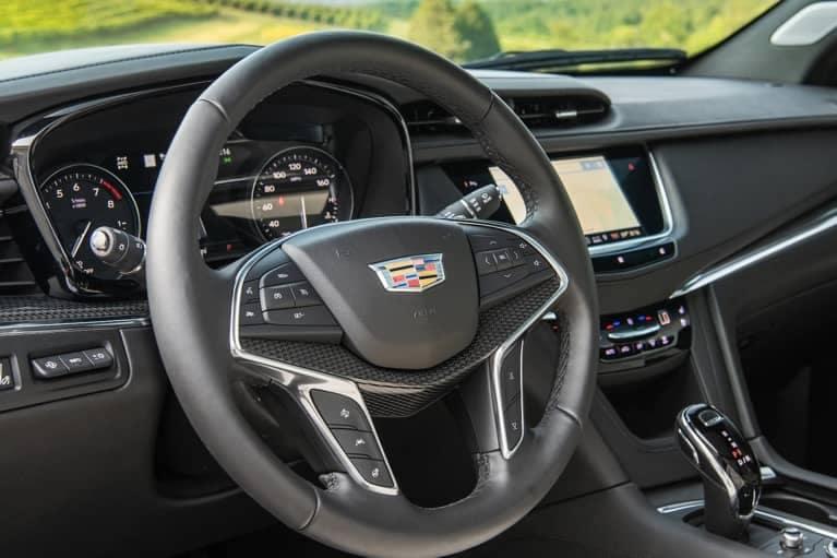 2020 XT5 Interior Steering Wheel mobile