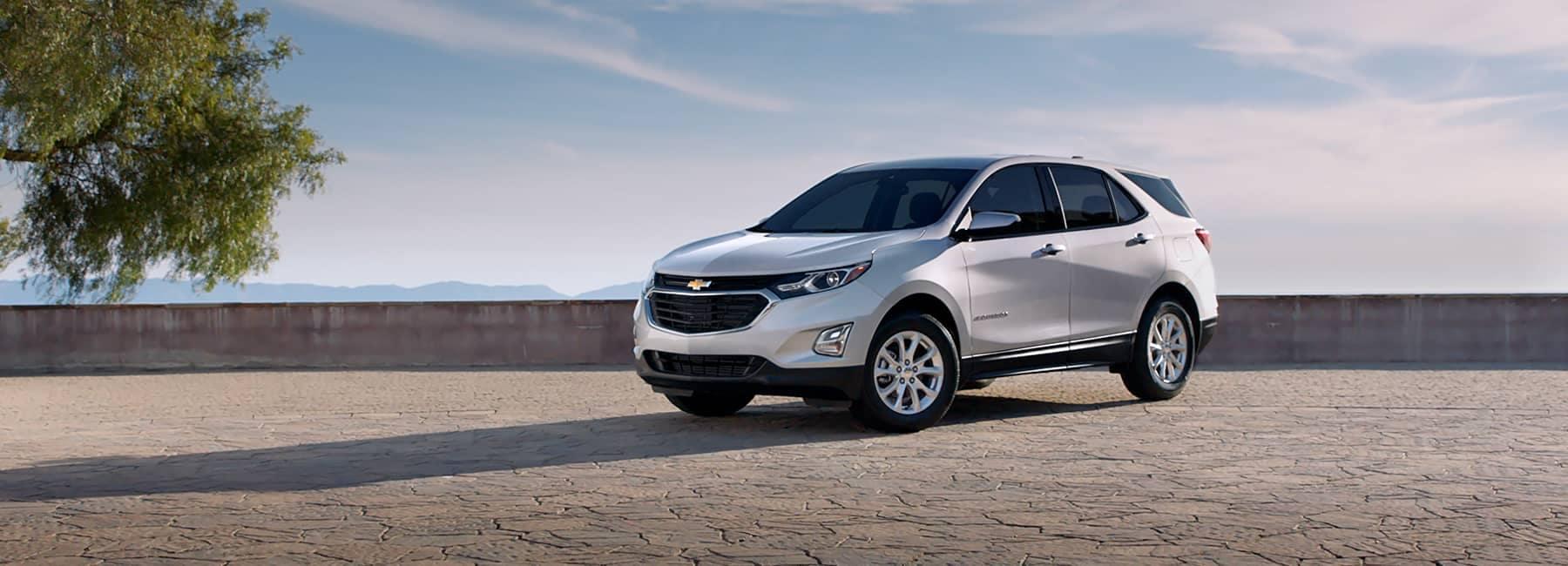 White 2021 Chevrolet Equinox