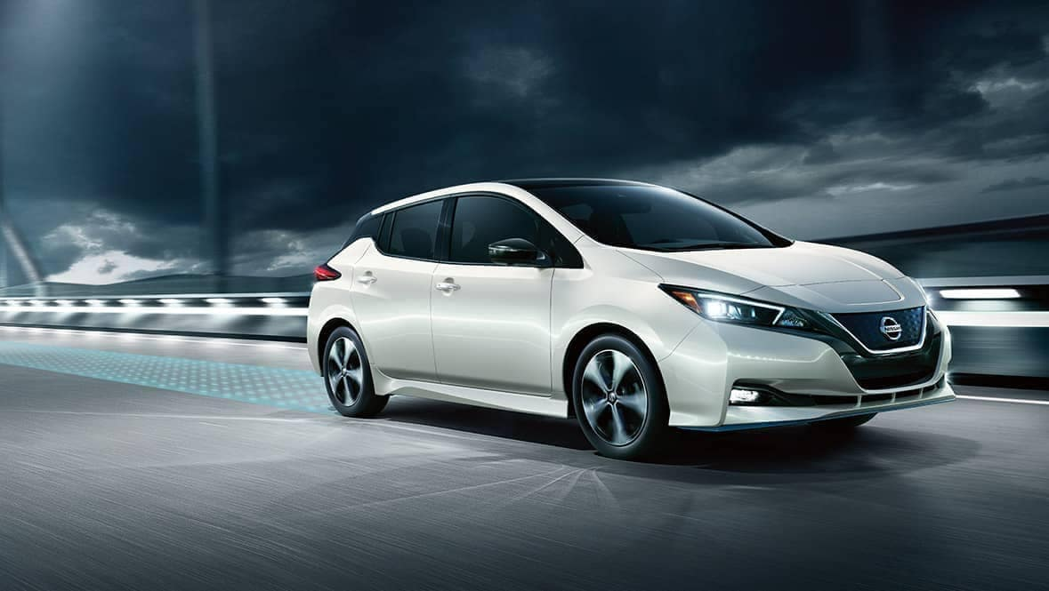 2020-Nissan-Leaf on a modern bridge