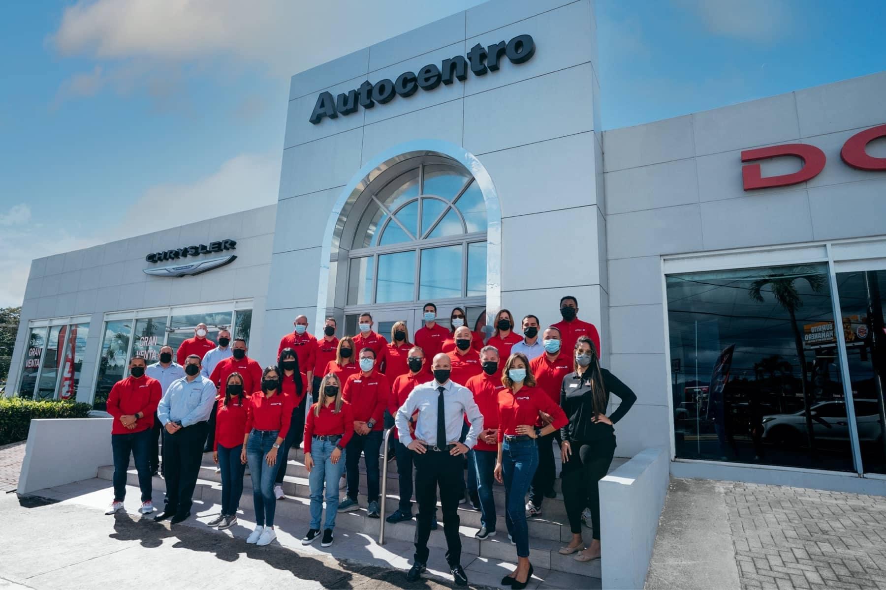 Autocentro-CDJR-Careers-Staff