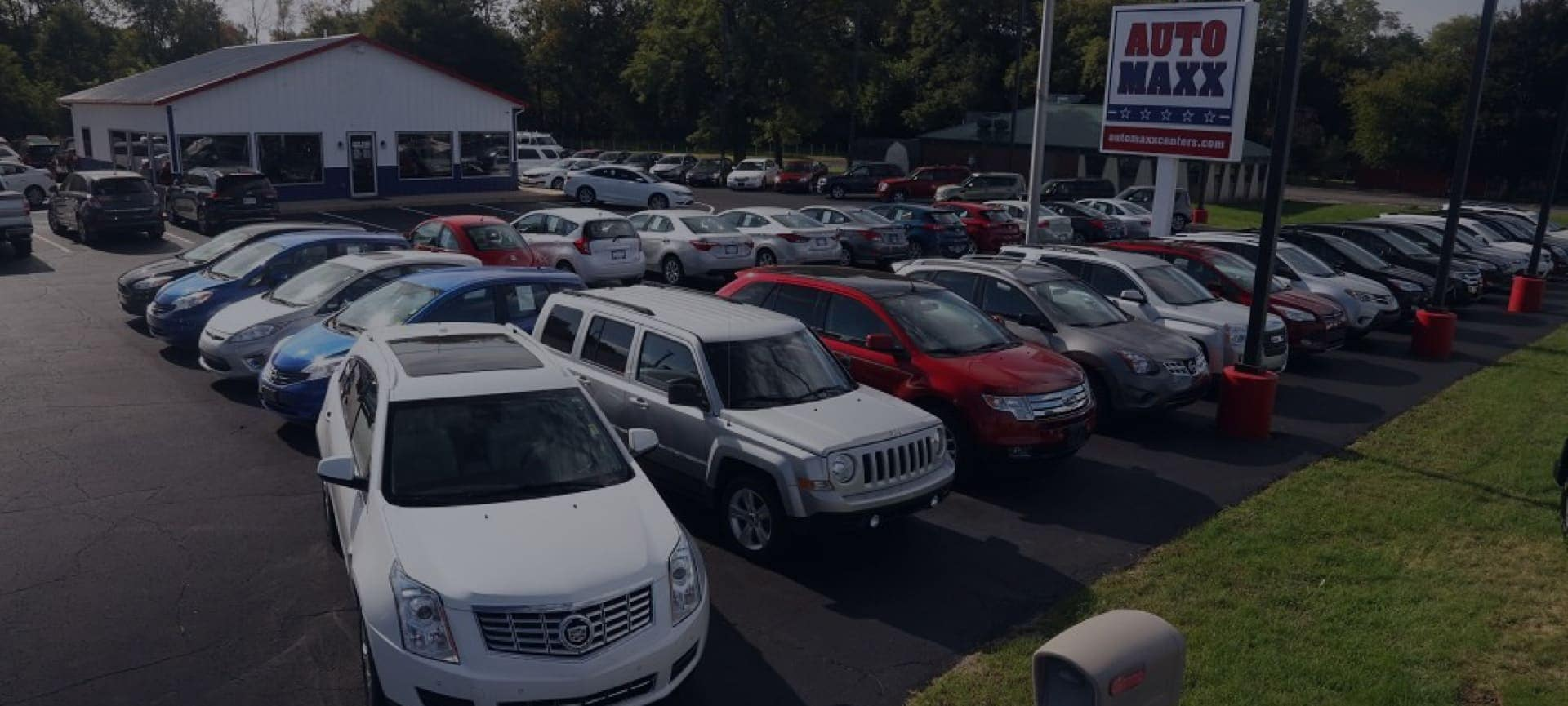 The dealership lot of Auto Maxx