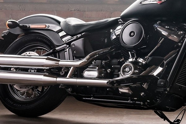 https://di-uploads-development.dealerinspire.com/avalancheharleydavidson/uploads/2017/08/001-kf1-dark-polished-finishes.jpg