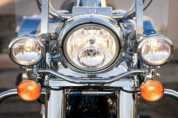 https://di-uploads-development.dealerinspire.com/avalancheharleydavidson/uploads/2017/08/001-kf1-headlamp.jpg