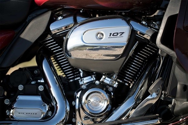 https://di-uploads-development.dealerinspire.com/avalancheharleydavidson/uploads/2017/08/001-kf1-mke-eight-107-engine.jpg