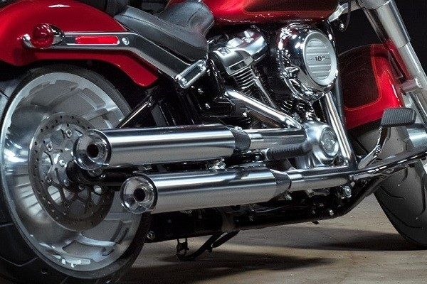 https://di-uploads-development.dealerinspire.com/avalancheharleydavidson/uploads/2017/08/001-kf1-satin-chrome-finishes.jpg
