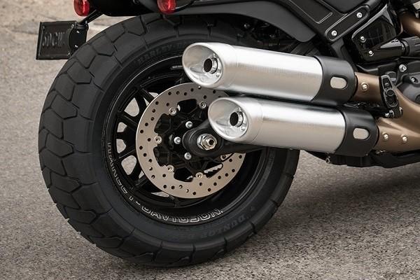 https://di-uploads-development.dealerinspire.com/avalancheharleydavidson/uploads/2017/08/002-kf4-fat-tires-1.jpg