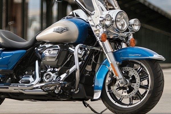 https://di-uploads-development.dealerinspire.com/avalancheharleydavidson/uploads/2017/08/003-kf3-dual-valve-front-suspension.jpg