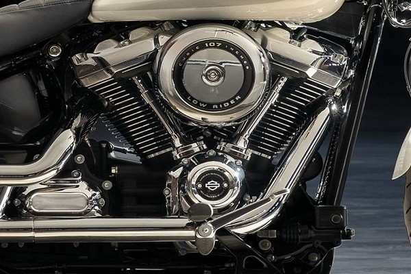 https://di-uploads-development.dealerinspire.com/avalancheharleydavidson/uploads/2017/08/004-kf4-MKE-EIGHT-107-Engine.jpg