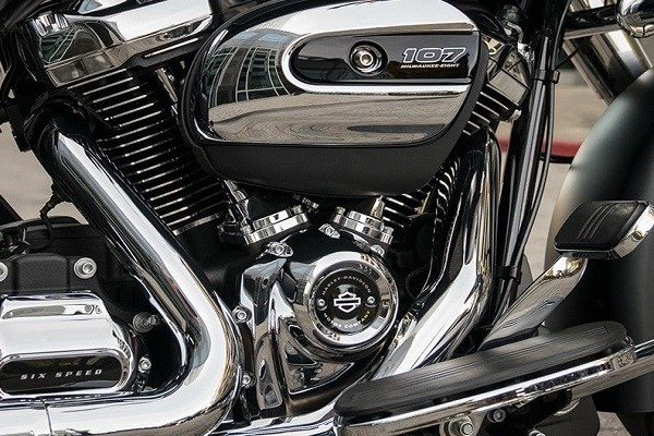 https://di-uploads-development.dealerinspire.com/avalancheharleydavidson/uploads/2017/08/004-kf4-mke-eight-107-engine-1.jpg