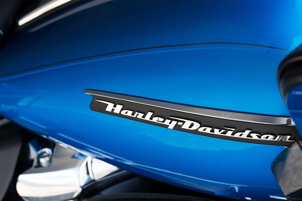 https://di-uploads-development.dealerinspire.com/avalancheharleydavidson/uploads/2017/08/FLTRU-2.jpg