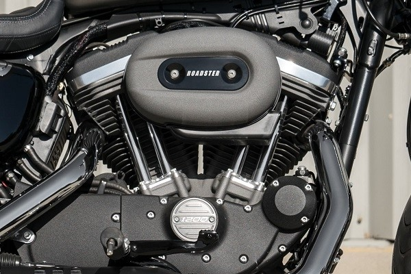 https://di-uploads-development.dealerinspire.com/avalancheharleydavidson/uploads/2017/08/kf1-roadster-1200cc-air-cooled-evolution-engine.jpg