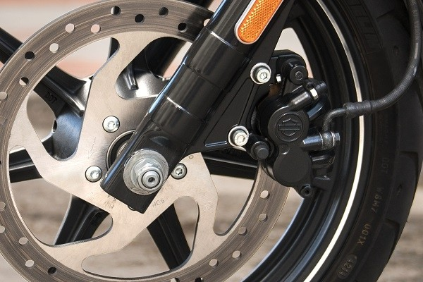 https://di-uploads-development.dealerinspire.com/avalancheharleydavidson/uploads/2017/08/kf2-750-optional-anti-lock-brakes.jpg