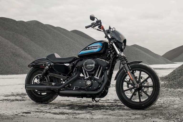https://di-uploads-development.dealerinspire.com/avalancheharleydavidson/uploads/2018/02/sportster-iron-1200-gallery-1.jpg