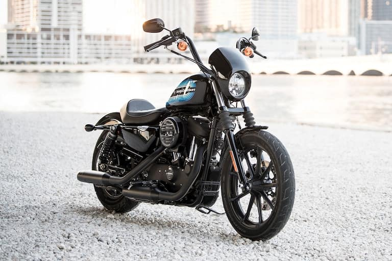 https://di-uploads-development.dealerinspire.com/avalancheharleydavidson/uploads/2018/02/sportster-iron-1200-gallery-2.jpg