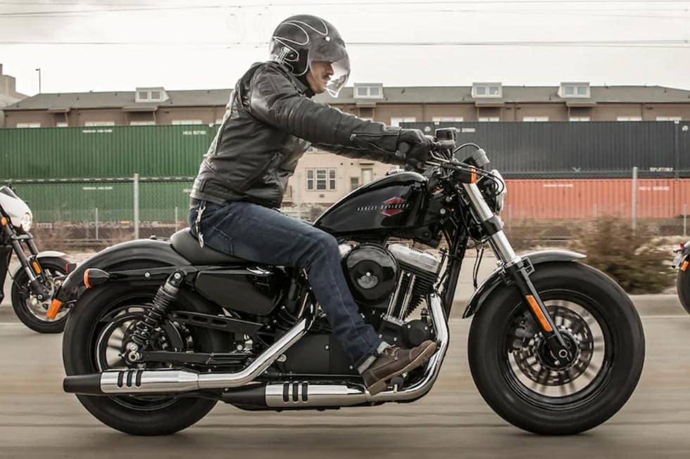 https://di-uploads-development.dealerinspire.com/avalancheharleydavidson/uploads/2018/08/19-sportster-forty-eight-gallery-3.jpg