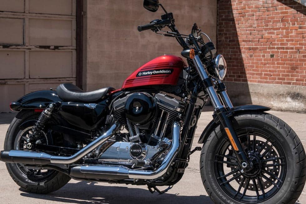https://di-uploads-development.dealerinspire.com/avalancheharleydavidson/uploads/2018/08/19-sportster-forty-eight-special-gallery-2.jpg