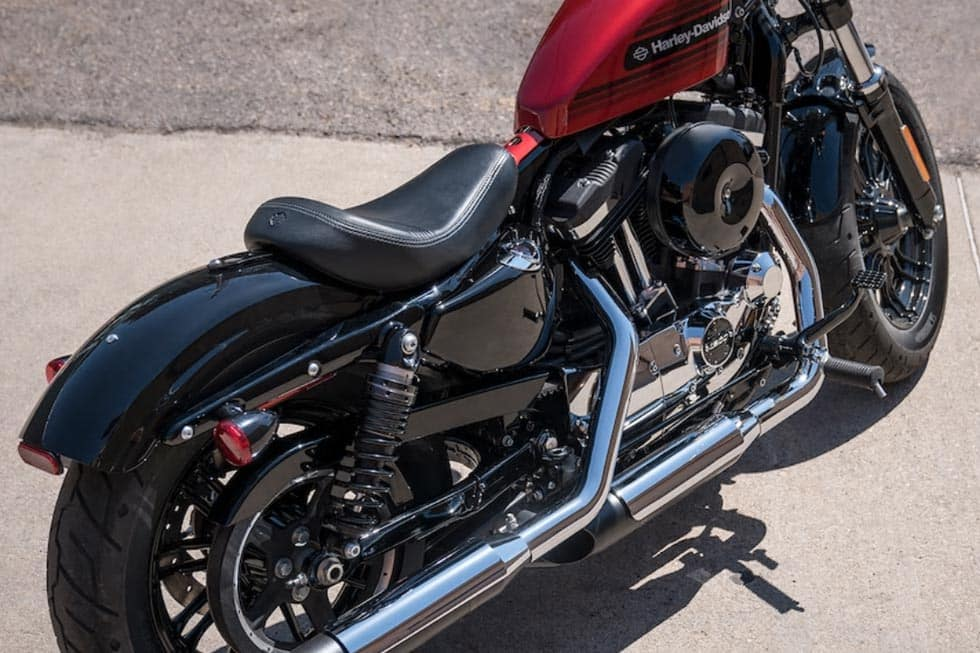 https://di-uploads-development.dealerinspire.com/avalancheharleydavidson/uploads/2018/08/19-sportster-forty-eight-special-gallery-7.jpg