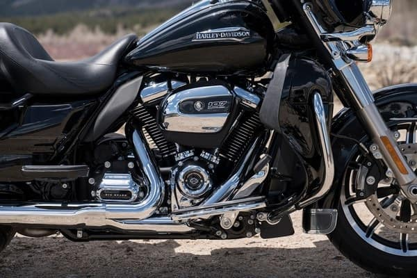 https://di-uploads-development.dealerinspire.com/avalancheharleydavidson/uploads/2018/08/19-touring-electra-glide-ultra-c-mwk-8-v-twin-eng-k1.jpg