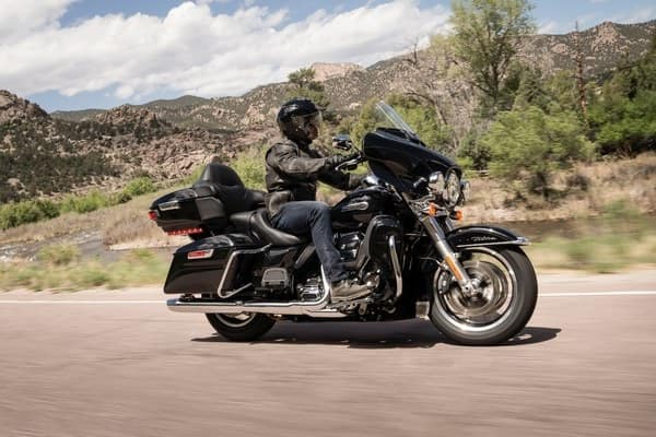 https://di-uploads-development.dealerinspire.com/avalancheharleydavidson/uploads/2018/08/19-touring-electra-glide-ultra-c-suspension-k2.jpg
