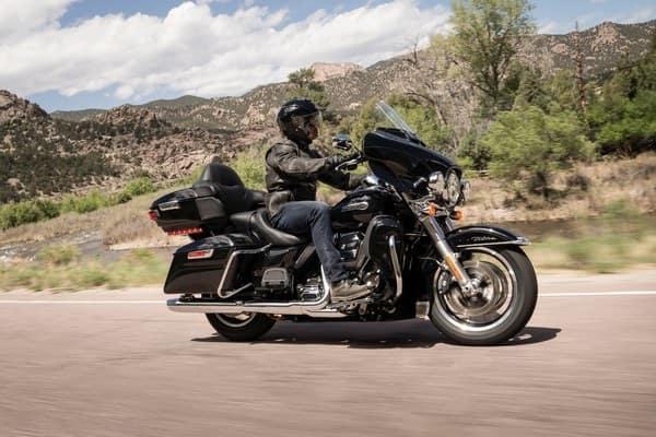 https://di-uploads-development.dealerinspire.com/avalancheharleydavidson/uploads/2018/08/19-touring-electra-glide-ultra-c-suspension-k2.jpg