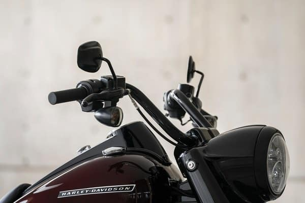 https://di-uploads-development.dealerinspire.com/avalancheharleydavidson/uploads/2018/08/19-touring-road-king-special-black-hlight-nacelle-trim-ring-k6.jpg