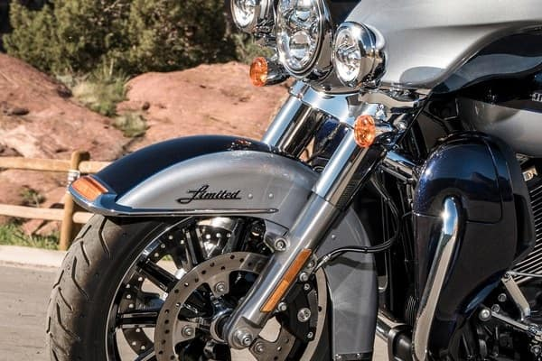 https://di-uploads-development.dealerinspire.com/avalancheharleydavidson/uploads/2018/08/19-touring-ultra-limited-low-responsive-suspension-k8.jpg