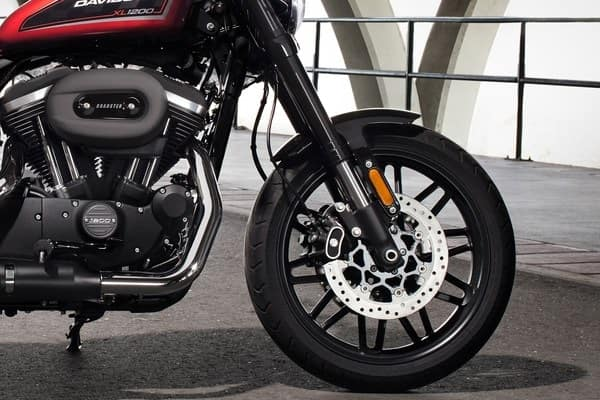 https://di-uploads-development.dealerinspire.com/avalancheharleydavidson/uploads/2018/08/roadster-light-weight-offset-split-5-spoke-wheels-k7.jpg
