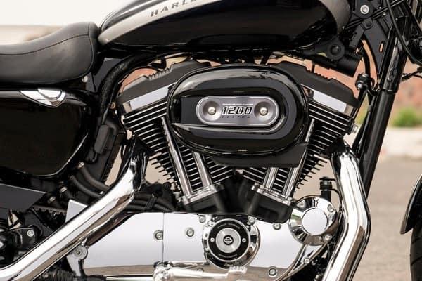 https://di-uploads-development.dealerinspire.com/avalancheharleydavidson/uploads/2018/08/sportster-1200-custom-1200-cc-air-cooled-evolution-engine-k1.jpg