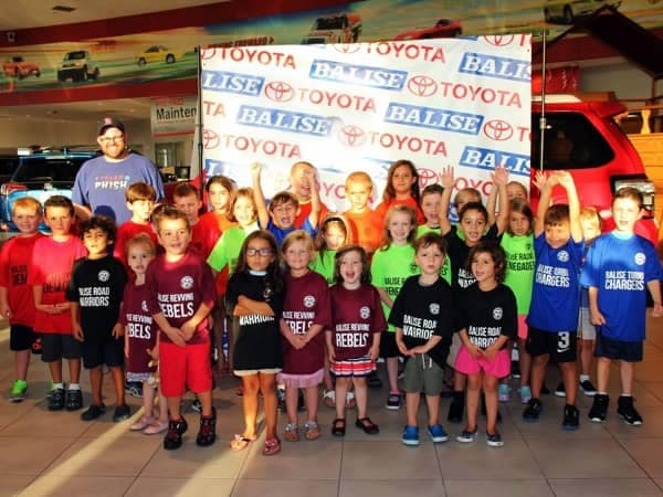 Community Image - Balise Toyota Hosts Warwick Soccer for Jersey Night