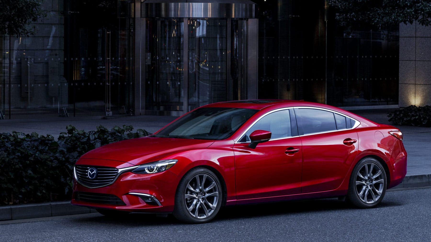 2017-m6g-soulred exterior Mazda6-gallery-09