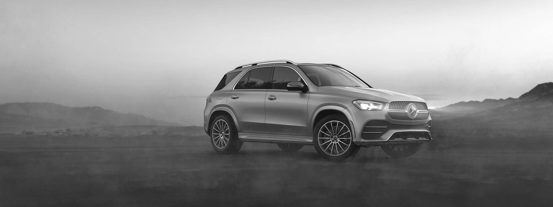 2020 Mercedes GLE parked in foggy plains