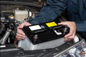 Signs Your Car Battery Is Dying >> How Long Do Car Batteries Last Bmw Of Manhattan Ny