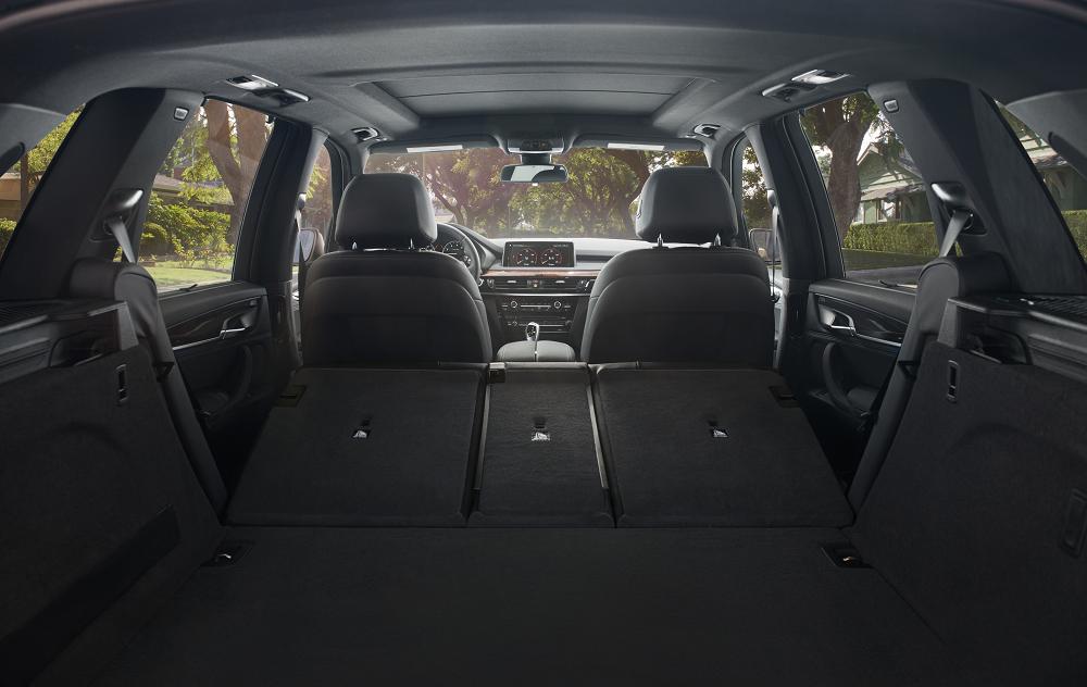 BMW X5 Cargo Space