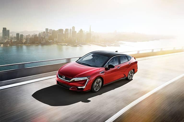 2020 Honda Clarity Driving City Background