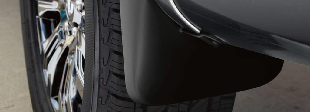 2019-Nissan-9