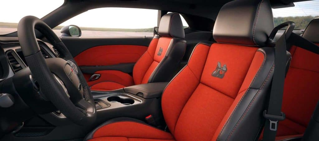 2019-challenger-gallery-interior9 Dodge