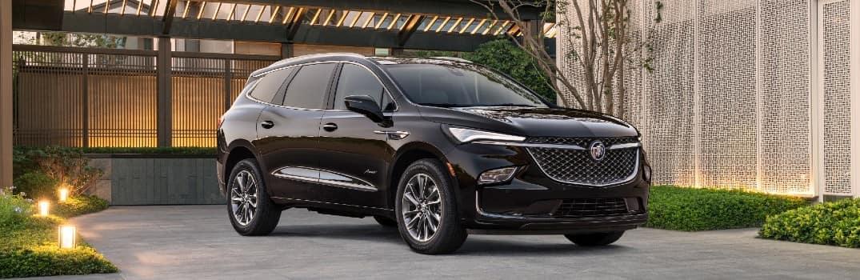 2022 Buick Enclave Avenir Exterior Passenger Side Front Profile