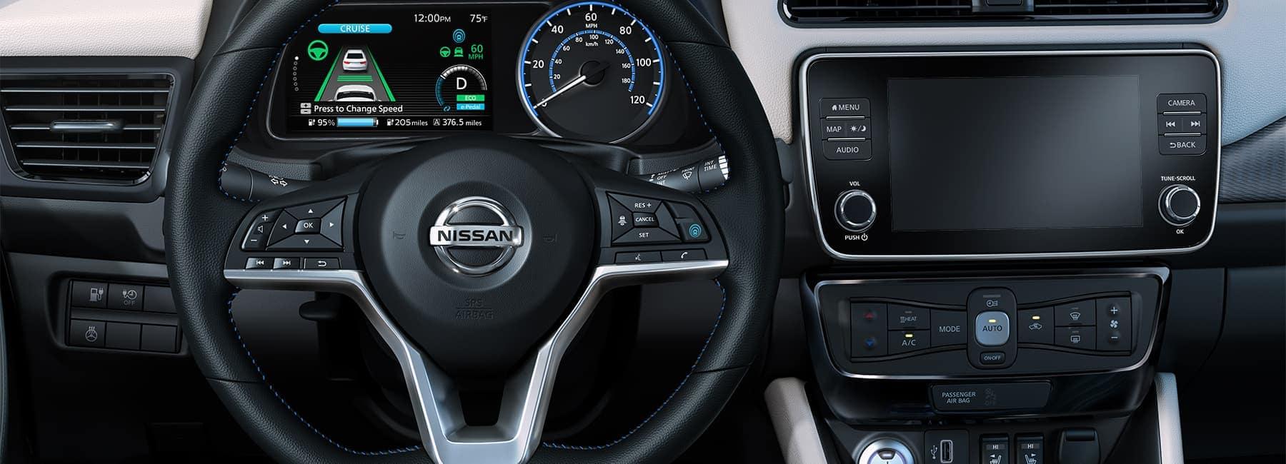 2020 nissan leaf interior steering wheel