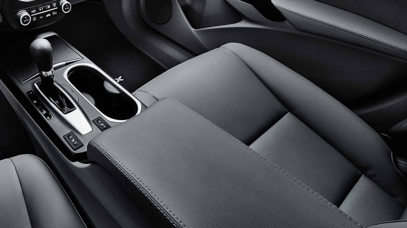 2018 Acura RDX Interior Crystal Black Pearl
