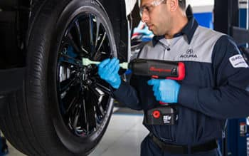 Tire Service from your Chicagoland Acura Dealers