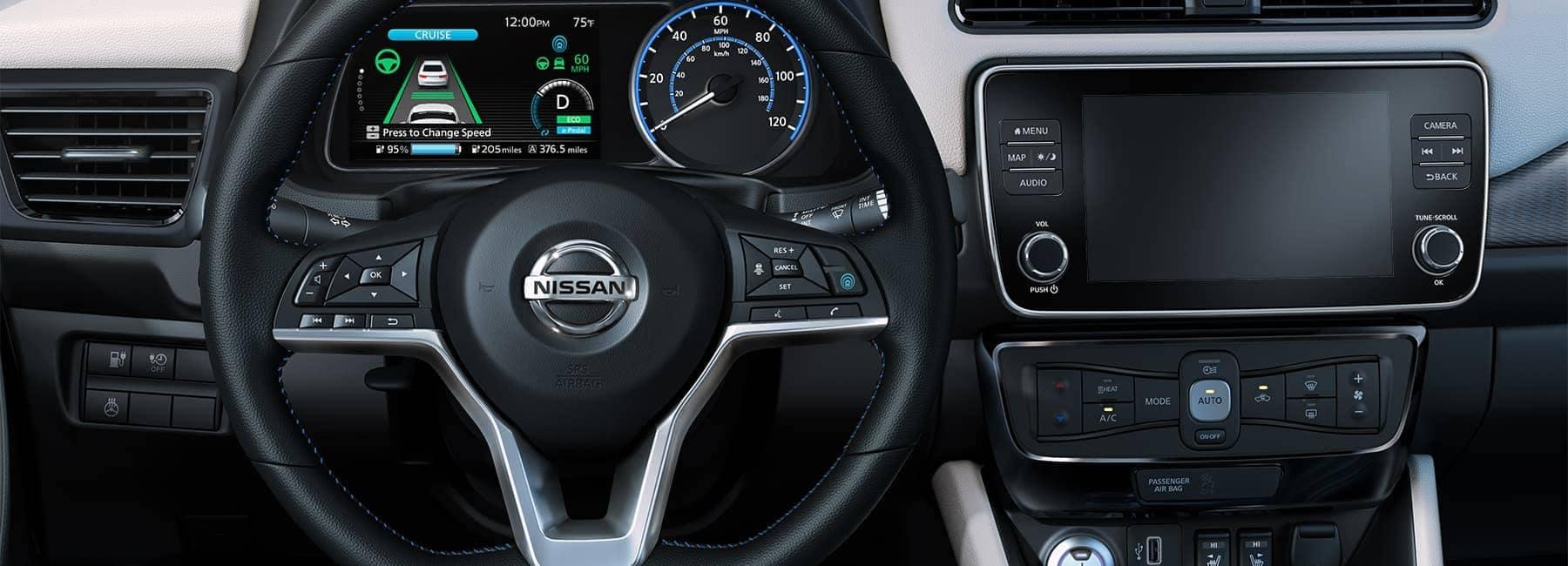 2020-nissan-leaf-interior-steering-wheel