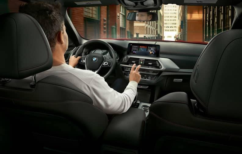 BMW-MY19-XSeries-X4-DP-Highlight-08