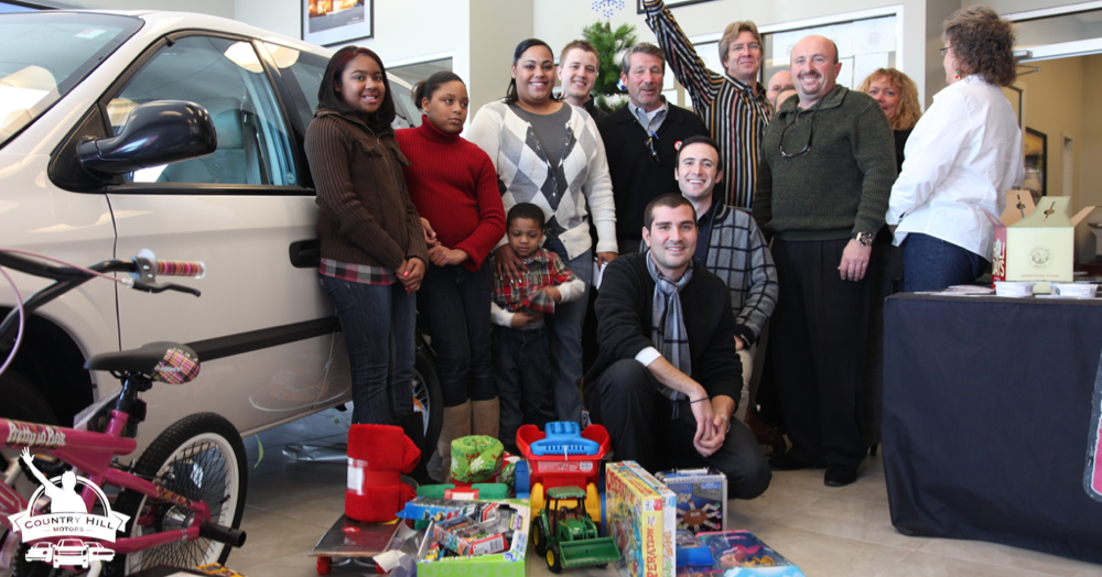 Season-of-Giving-2009-15-Country-Hill
