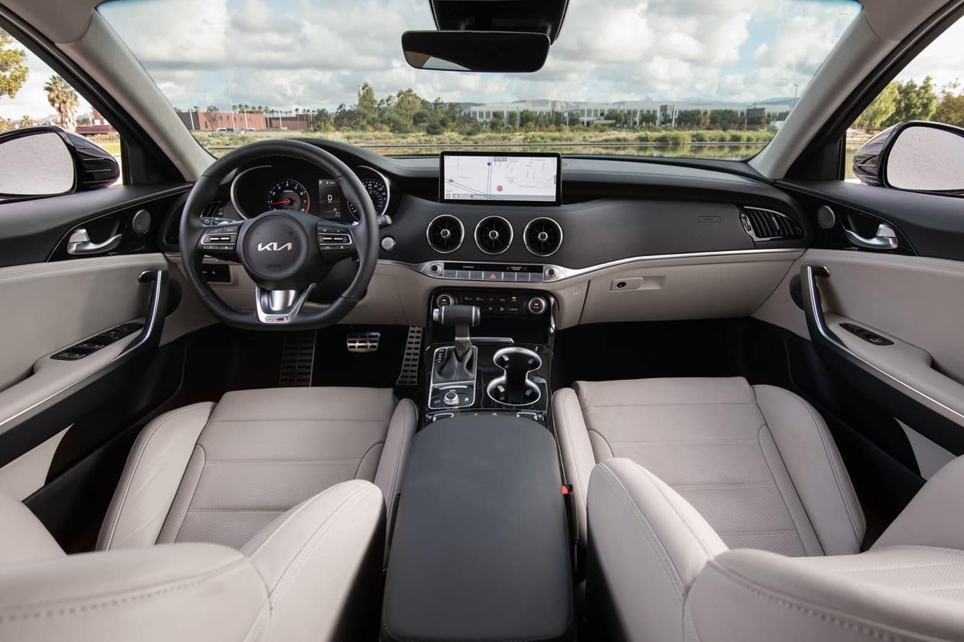 2022 Kia Stinger interior Cowboy Kia
