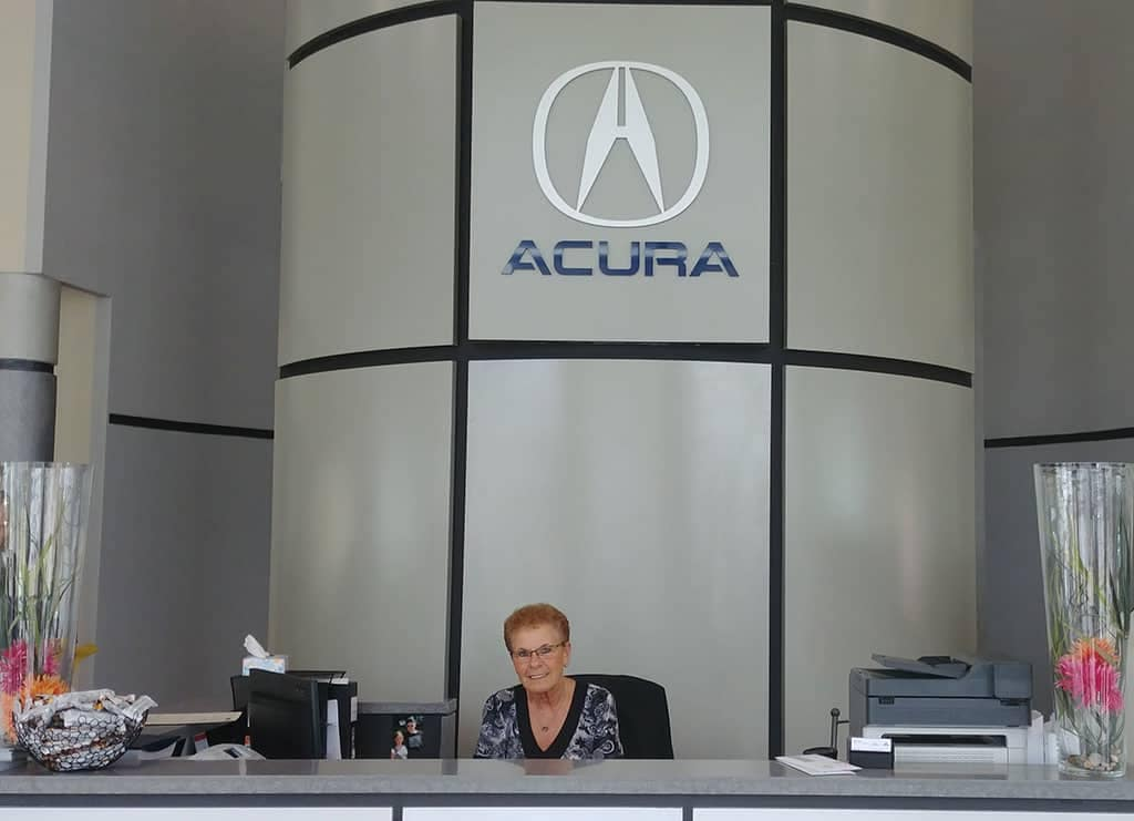 The-Jewel-Of-Crown-Acura-1