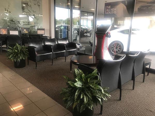 Darcars-Lexus-ss-amenities-lobby image