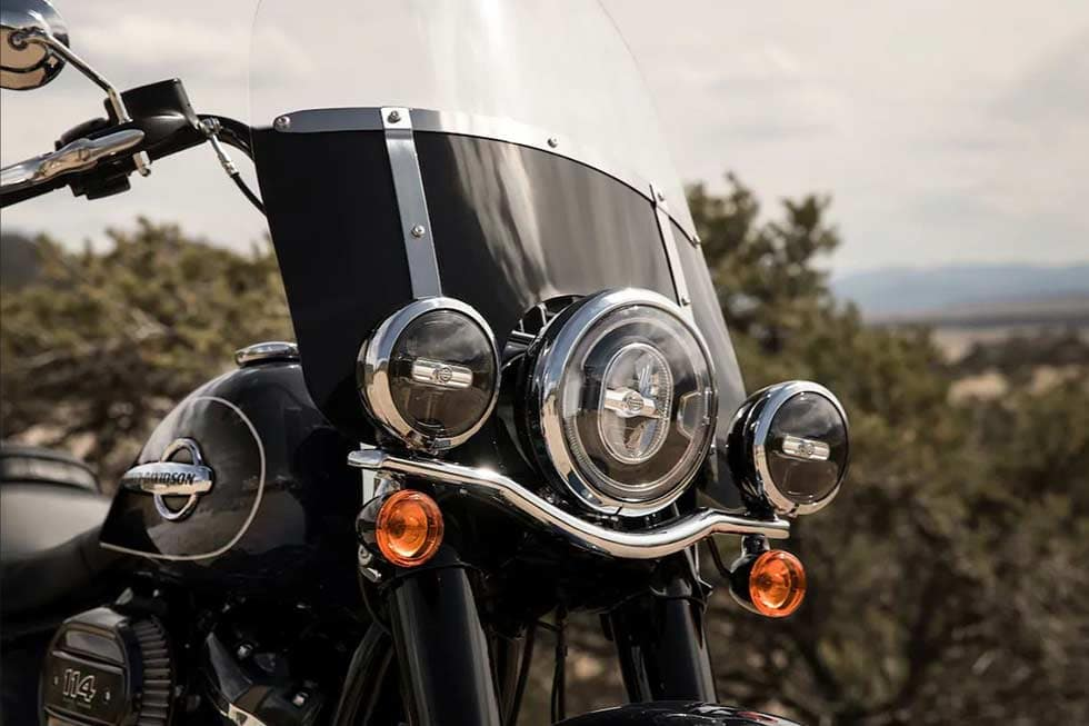 https://di-uploads-development.dealerinspire.com/dibrandhubharleydavidson/uploads/2019/08/SoftailHeritageClassicGallery05.jpg