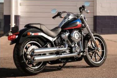 https://di-uploads-development.dealerinspire.com/dibrandhubharleydavidson/uploads/2019/08/SoftailLowRider02.jpg
